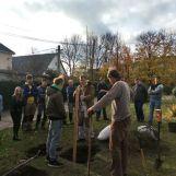 Výsadba desiatich starých odrôd jabloní a hrušiek z projektu SadOVO